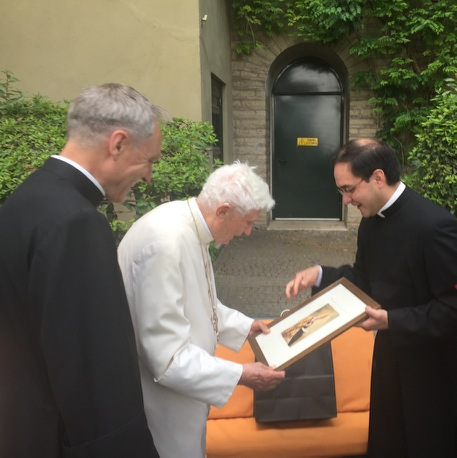 Pope Benedict XVI receives painting of st Augustine by Gwyneth Thompson-Briggs